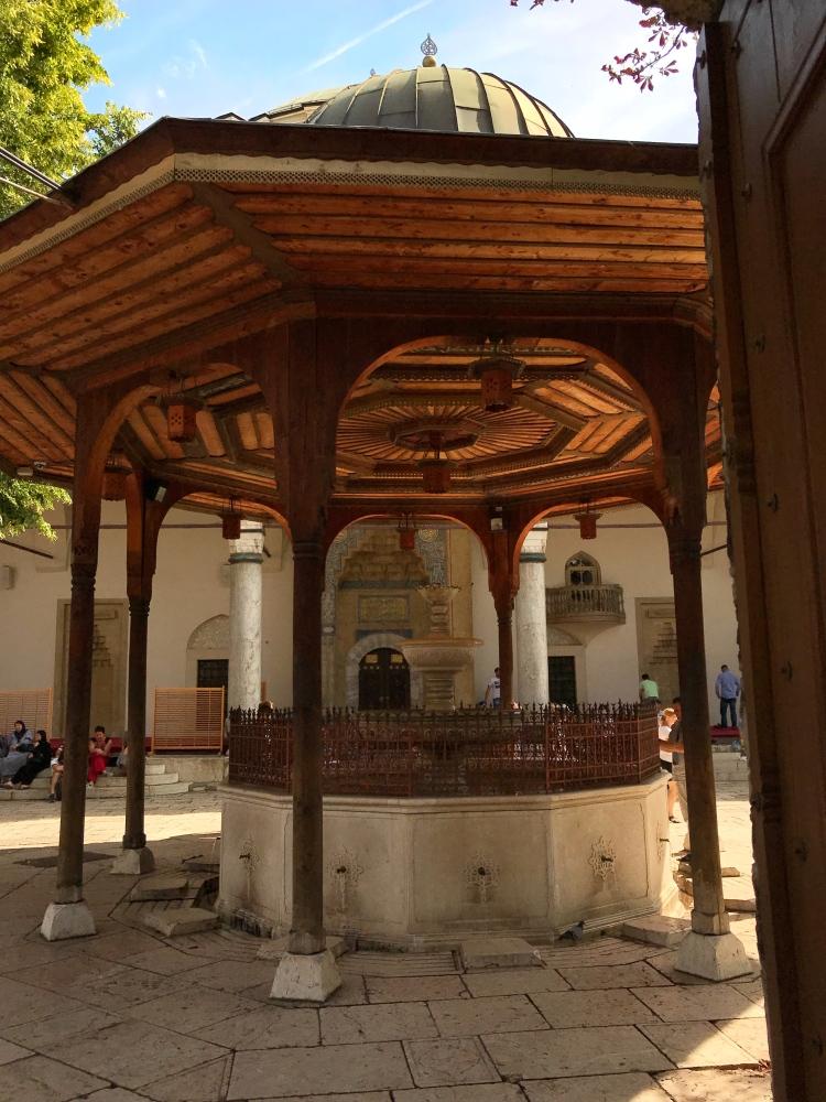 Gazi Husrev-beg Mosque in Baščaršija, Sarajevo